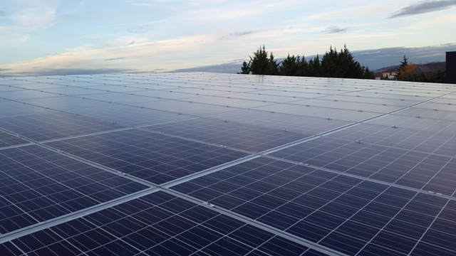 Installation photovoltaïque bâtiment de bureau