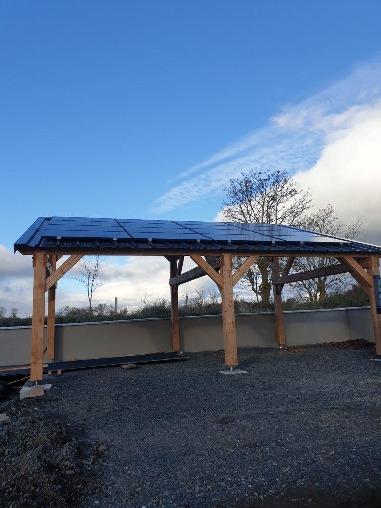 OHE - Installation de panneaux solaire sur un carport