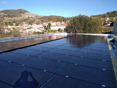 OHE installation photovoltaique en autoconsommation sur un immeuble en Auvergne - image 2