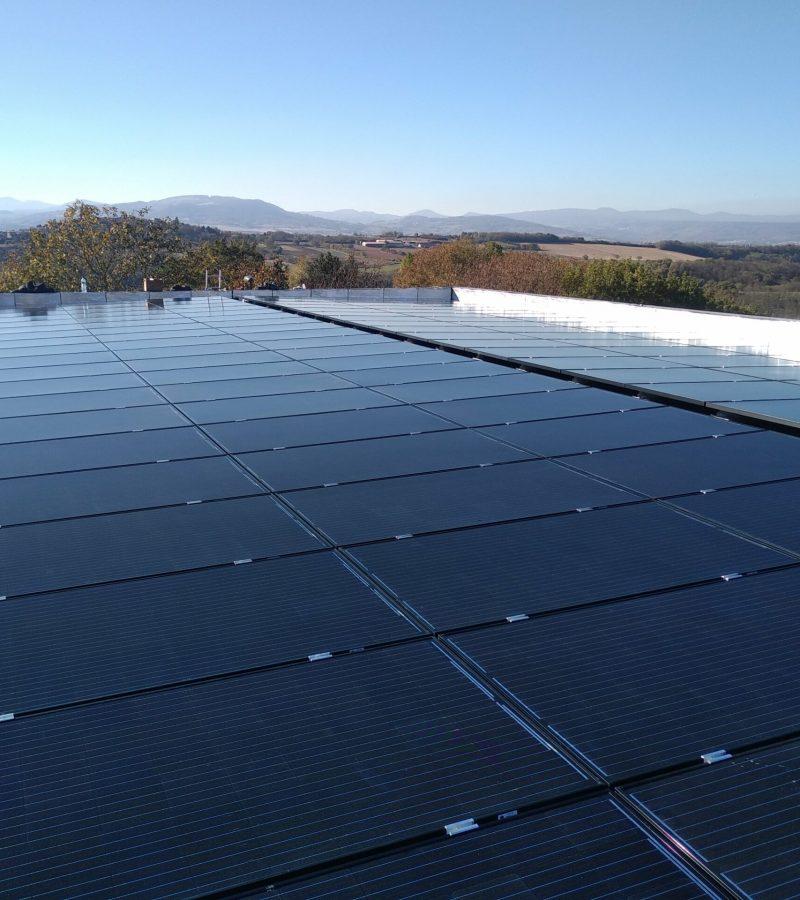 ohe chantier d'une installation photovoltaique en autoconsommation